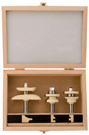 making a raised panel cabinet door