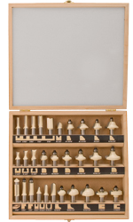 30 Pc Deluxe Professional Set