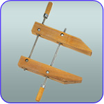 image of wooden hand screw clamp